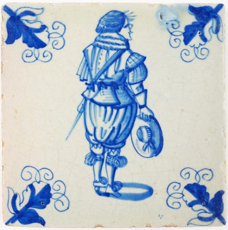 Antique Delft tile in blue with a well-painted soldier from the army of Maurice of Orange, 17th century