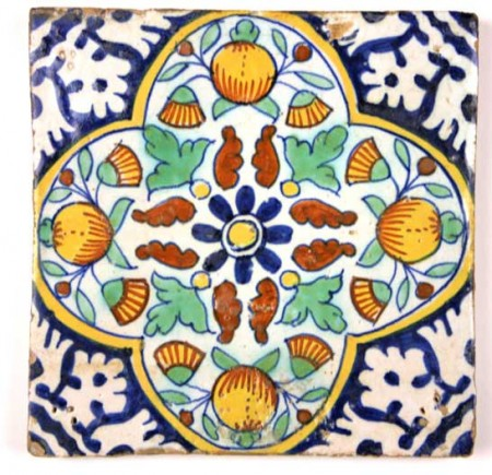 Antique Dutch 'Pompadour' tile