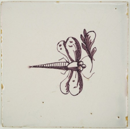 Antique Delft tile in manganese with a dragonfly in flight, 18th century