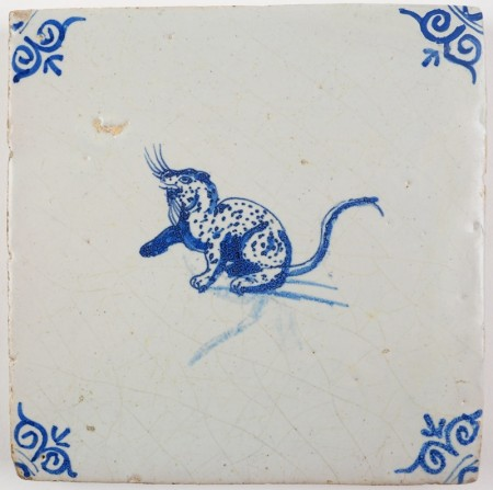 Antique Delft tile in blue with an otter, 17th century