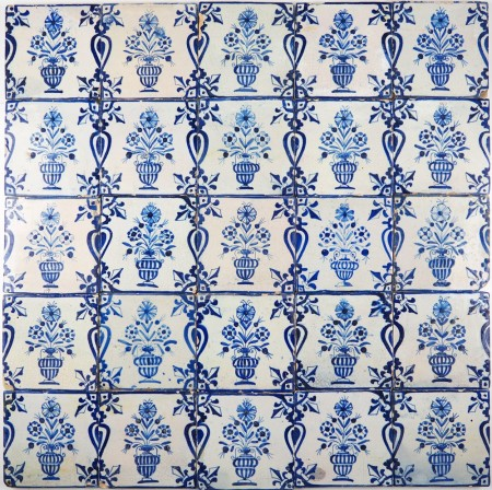 Antique Dutch Delft wall tiles with flower pots in blue with beautiful balusters at the sides, 17th century