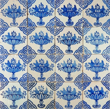 Antique Delft wall tiles with fruit bowls in blue decorated with Wanli inspired corner motifs, 17th century