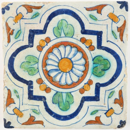 Antique Delft ornament tile with a Rosette in the center, 17th century