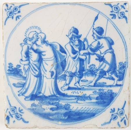 Antique Delft biblical tile with Judah kissing and betraying Jesus, 18th century