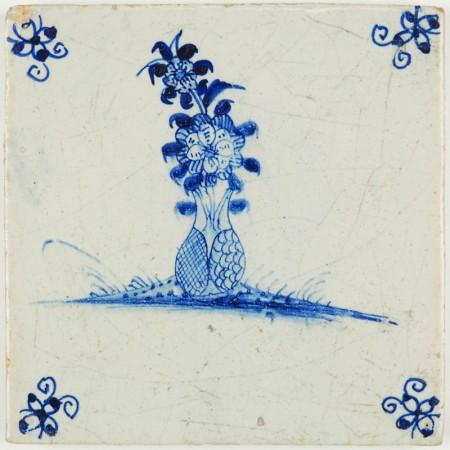 Antique Delft tile with a beautiful Chinese flower vase, 17th century
