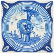 Antique Delft tile in blue with a beautiful elephant in a circle cord, late 16th or early 17th century
